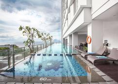 Best Western The Lagoon Hotel - Manado - Pool