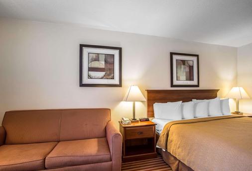 Quality Inn - Madison - Bedroom
