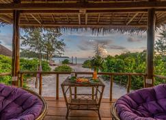 Royal Retreat Resort - Koh Rong Sanloem - Varanda