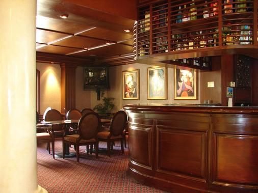 Safi Royal Luxury Towers - Μοντερρέι - Bar