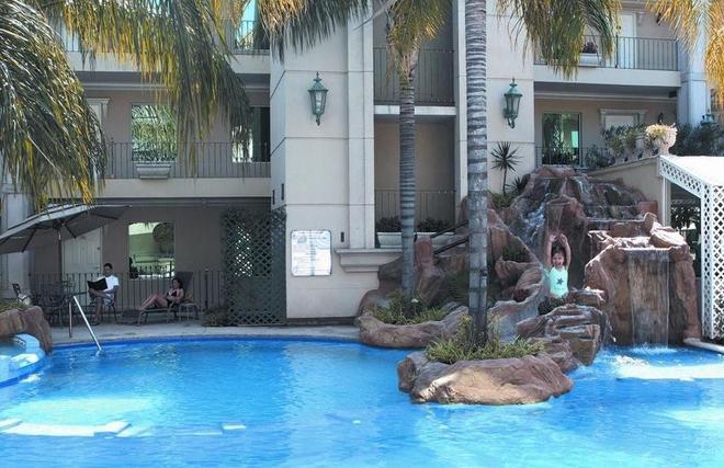 Safi Royal Luxury Centro - Monterrey - Uima-allas