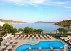 Azka Hotel - Bodrum - Pool