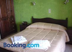 Porto Lourba - Galaxidi - Bedroom