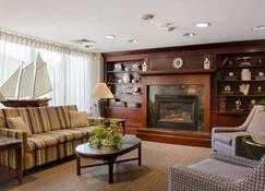 รามาดา บายวินด์แฮม บอสตัน - บอสตัน - ห้องนั่งเล่น