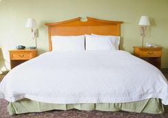 Hampton Inn & Suites College Station/us 6-east Bypass - College Station - Bedroom