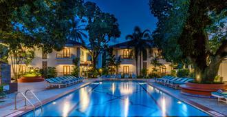 Radisson Goa Candolim - Candolim - Pool