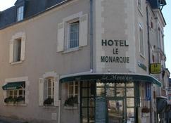 Hôtel Restaurant Le Monarque - Blois - Building