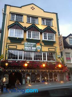 Failte Hotel - Killarney - Building