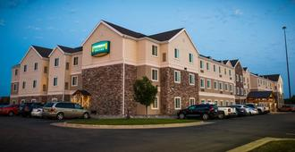 Staybridge Suites Fargo - Fargo - Edificio