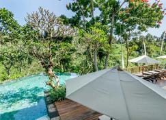 Natura Resort and Spa - Ubud - Pool