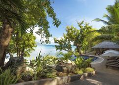 Cerf Island Resort - Victoria - Piscina