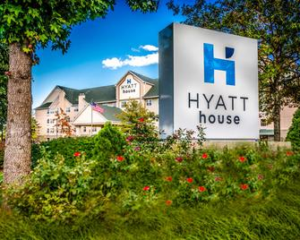 Hyatt House Herndon/Reston - Herndon - Building
