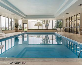 Comfort Inn Miami Valley Centre Mall - Piqua - Басейн