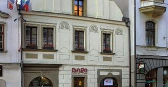 Rango - Pilsen - Gebäude