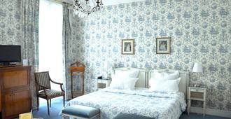 Grand Hotel Des Templiers - Reims - Bedroom