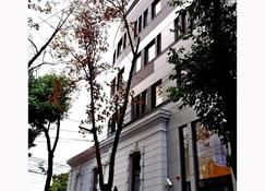 Sarroglia - Bucharest - Building
