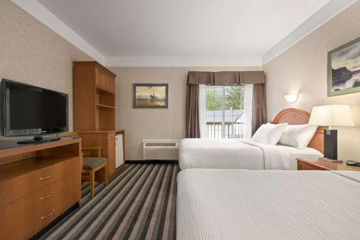 Days Inn by Wyndham Canmore - Canmore - Makuuhuone