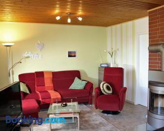 Moosberg Haus Mizzi - Holzminden - Wohnzimmer