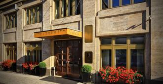 Hotel Clement - Praha - Hotellinngang
