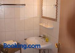 Landhaus Riedel - Papenburg - Bathroom