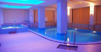 Hotel Nevis Wellness & Spa - Oradea