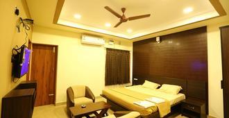 Hotel D'Inn - Puducherry - Bedroom