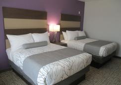 Best Western Plus Buda Austin Inn & Suites - Buda - Schlafzimmer