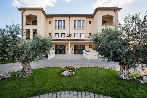 Best Western Premier Villa Fabiano Palace Hotel - Rende - Building