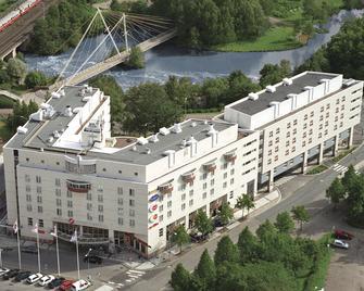 Original Sokos Hotel Vantaa - Vantaa - Building