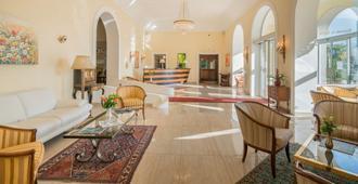 Best Western Hotel Bellevue Au Lac - Lugano - Resepsjon