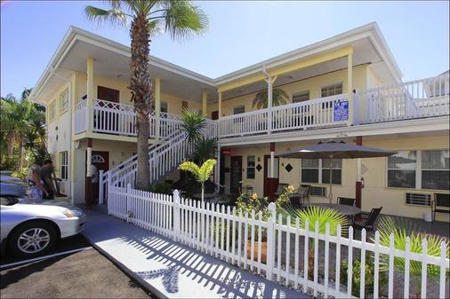 Silver Sands Motel - Clearwater Beach - Rakennus