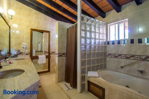 維爾吉利奧斯民宿 - 新巴亞爾塔 - 新巴利亞塔 - 浴室