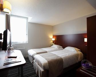 Hotel Kyriad Saint-Malo Ouest-Dinard - Динард - Спальня