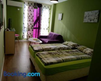 Sasso-apartment 3 - Pleven - Bedroom