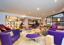 Campanile Nice Airport - Nice - Lounge