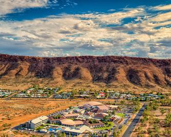 Crowne Plaza Alice Springs Lasseters - Alice Springs - Näkymät ulkona