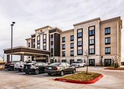Comfort Inn & Suites Oklahoma City South I-35 - Oklahoma City - Building