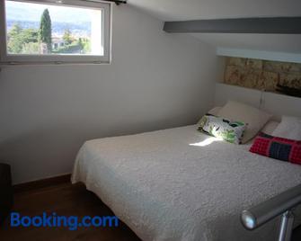La Sousta - La Colle-sur-Loup - Bedroom