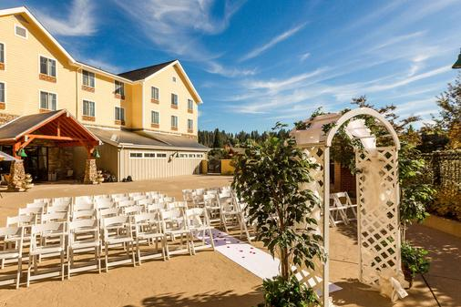 Gold Miners Inn Ascend Hotel Collection - Grass Valley - Bankettsaal