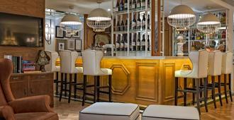 H10 Duque De Loulé - Lissabon - Bar