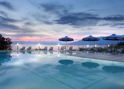 Messinian Bay Hotel - Kalamata - Pool