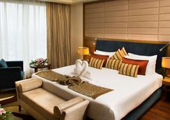 Radisson Blu Hotel Indore - Indore - Makuuhuone