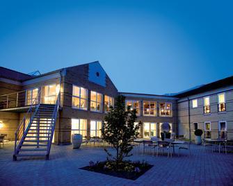Montra Odder Parkhotel - Odder - Bygning