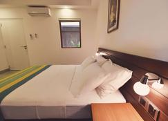 Drift Bnb - Colombo - Makuuhuone