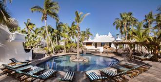Club el Moro Hotel Suites - ลา ปาซ