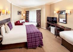 Mercure Chester Abbots Well Hotel - Chester - Bedroom