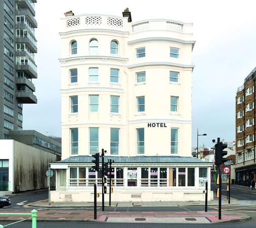 West Beach Hotel - Brighton - Building
