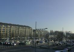 Hôtel De L'univers - Caen - Outdoor view