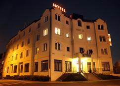 Hotel Theresia - Kolín - Edificio