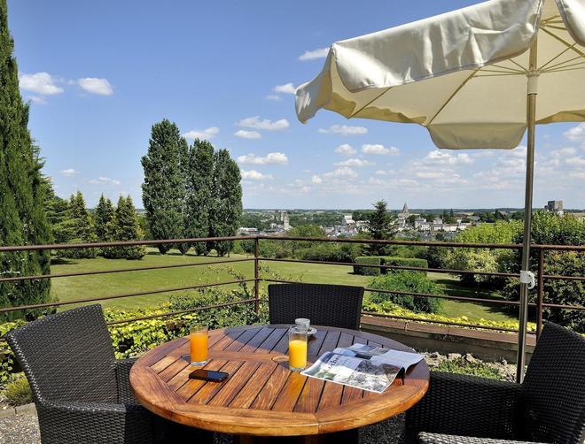 Hotel Luccotel - Loches - Balcony